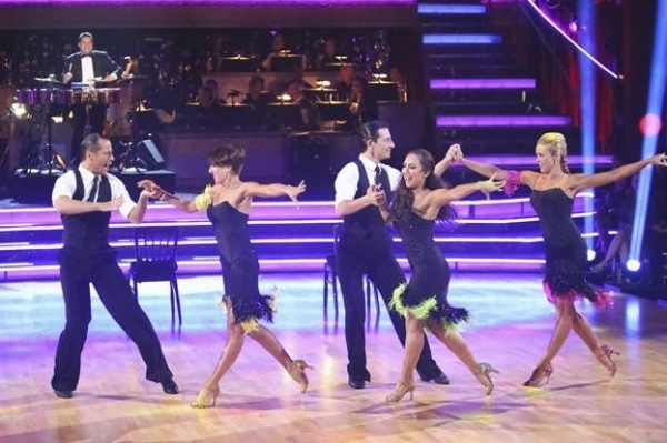 Photo Flash: Donny Osmond, Susan Boyle Perform on DWTS