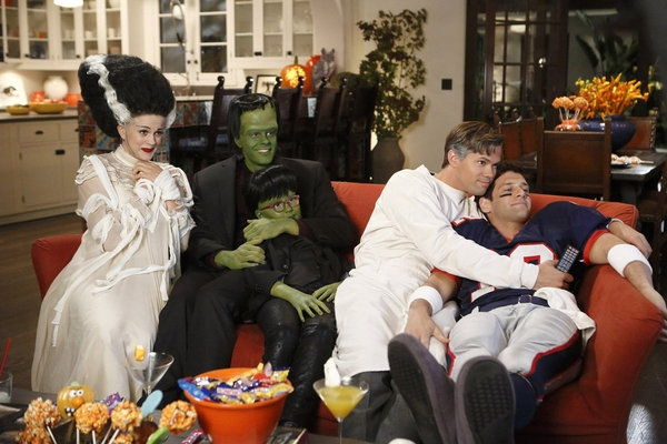 Photo Flash: First Look - THE NEW NORMAL Halloween Episode!