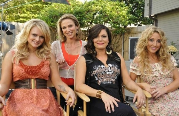 MIRANDA LAMBERT, ASHLEY MONROE, ANGELEENA PRESLEY, AMY ROBACH