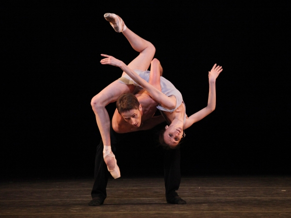 Photo Coverage: Bolshoi Ballet's Svetlana Zakharova & Andrei Merkuriev Perform 'Distant Cries'
