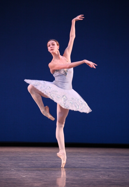 Photo Coverage: Bolshoi Ballet's Olga Smirnova & Semyon Chudin Perform 'Grand Pas Classique'