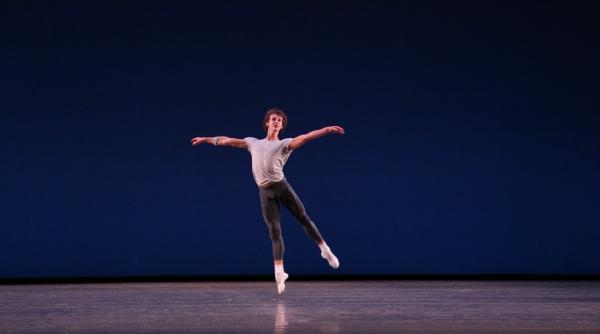 Photo Coverage: Bolshoi Ballet's Olga Smirnova & Semyon Chudin Perform 'Grand Pas Classique'