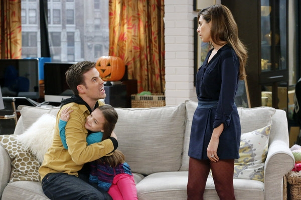 Photo Flash: First Look at GUYS WITH KIDS' Halloween Episode, 10/24