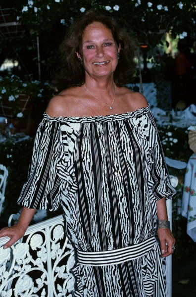 Colleen Dewhurst at Tavern On The Green in NYC. 1990