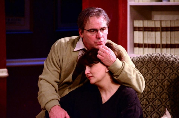BWW Reviews: Clear Creek's VIRGINIA WOOLF is Full of Bite, Misses Some Fire