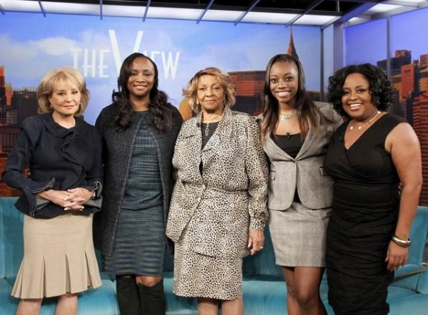 BARBARA WALTERS, PAT HOUSTON, CISSY HOUSTON, RAYAH HOUSTON, SHERRI SHEPHERD