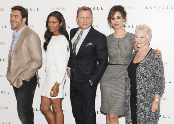 Javier Bardem, Naomie Harris, Daniel Craig, Berenice Marlohe and Judi Dench