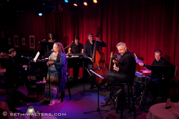 Photo Flash: Natalie Douglas Plays Broadway at Birdland