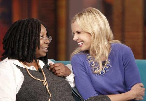 Photo Flash: Look Back at Today's Episode of THE VIEW!