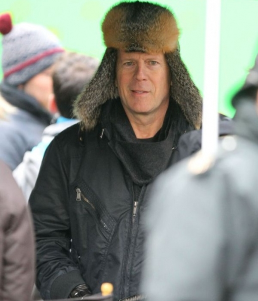 Bruce Willis at Bruce Willis, Anthony Hopkins on Set of RED 2