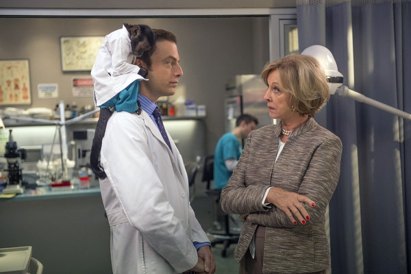 Justin Kirk, Christina Pickles at ANIMAL PRACTICE's 'Wingmen,' to Air 10/31