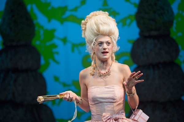 Photo Flash: First Look at Marin Ireland and More in Yale Rep & ART's MARIE ANTOINETTE World Premiere