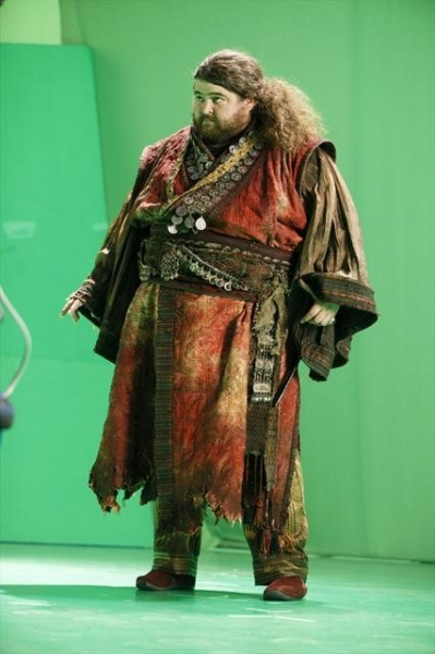 Photo Flash: First Look at Jorge Garcia as 'The Giant' on ONCE UPON A TIME