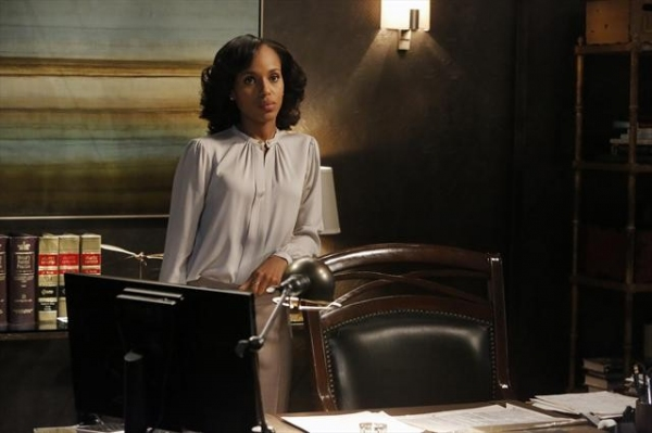 Photo Flash: First Look at SCANDAL's 'Spies Like Us,' Airs 11/15