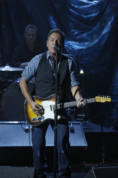 Bruce Springsteen at Look Back - HURRICANE SANDY: COMING TOGETHER