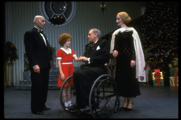 Photo Flashback: Scenes from the Original Production of ANNIE - Andrea McArdle, Dorothy Loudon, Sarah Jessica Parker and More!