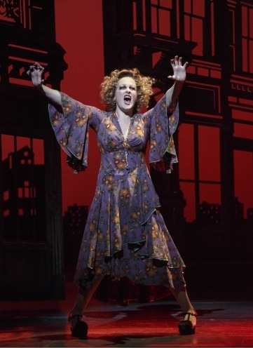 Photo Flash: First Look at ANNIE in Performance - Katie Finneran, Anthony Warlow, Lilla Crawford and More!