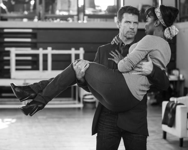 Photo Flash: First Look at Heather Headley, Lloyd Owen in THE BODYGUARD