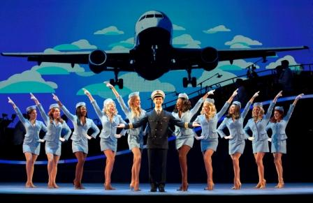 BWW Reviews: CATCH ME IF YOU CAN Flies Into Raleigh