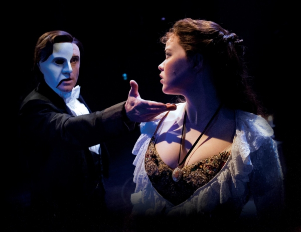 Photo Flash: First Look at Earl Carpenter, Katie Hall, and More in THE PHANTOM OF THE OPERA UK Tour