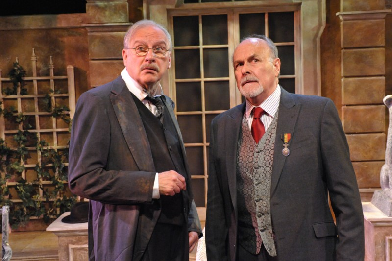 BWW Reviews: HEROES at Everyman Theatre