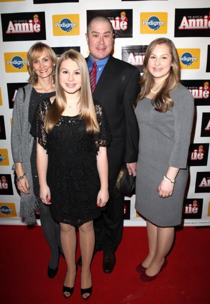 Merwin Foard with wife Rebecca Baxter & daughters Photo