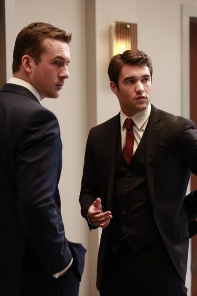 BARRY SLOANE, JOSH BOWMAN    at First Look - REVENGE's 'Revelations,' to Air 12/2