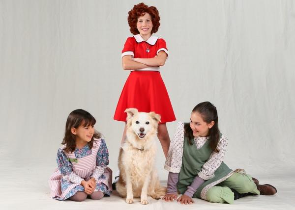 Kiara Reeves, Phoebe (Sandy), Kira Stone and Riley Newton
