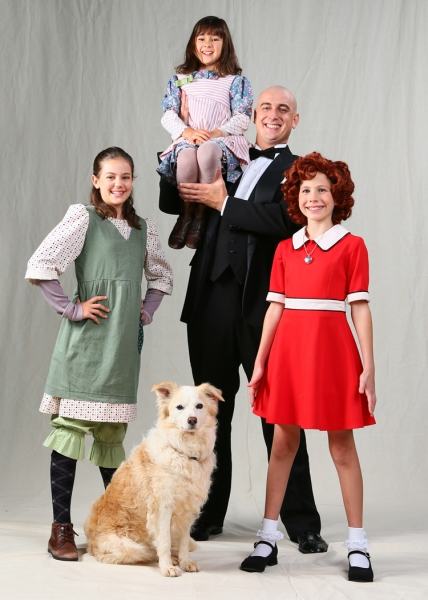 Photo Flash: First Look at Riley Newton, Chris Gritti and More in DHT's ANNIE