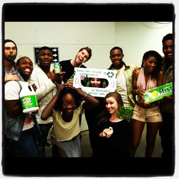 Photo Flash: Saturday Intermission Pics, Nov 10, Part 2 - Green Edition!