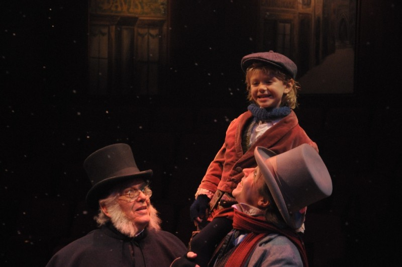 A CHRISTMAS CAROL Plays Glendale Centre Theatre, Now thru 12/24