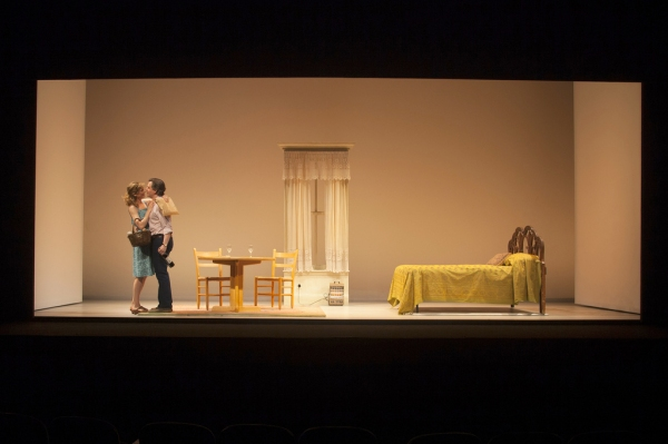 Photo Flash: First Look at Huntington Theatre Company's BETRAYAL