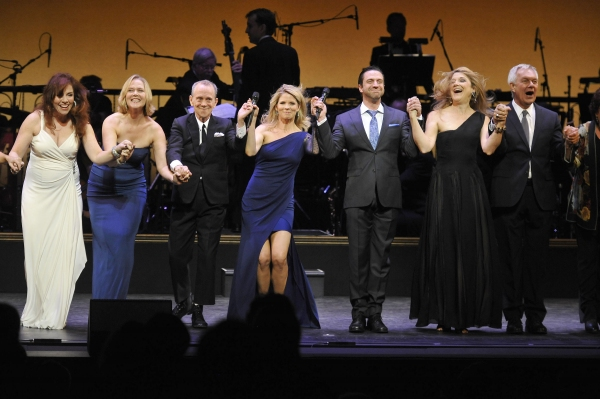 Photo Flash: Kelli O'Hara, Raul Esparza and More at 2012 Encores! Gala