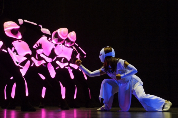 Photo Flash: First Look at Kimiko Glenn, Nik Walker and More in La Jolla's YOSHIMI BATTLES THE PINK ROBOTS