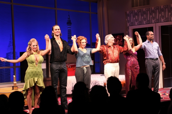 Jenni Barber, Cheyenne Jackson, Ari Graynor, Henry Winkler, Alicia Silverstone & Daniel Breaker at THE PERFORMERS Broadway Opening Night - Curtain Call!