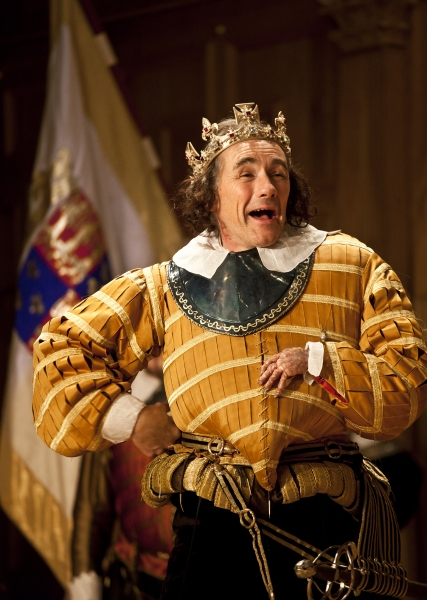 Photo Flash: First Look at Mark Rylance, Samuel Barnett and More in RICHARD III at the Apollo Theatre