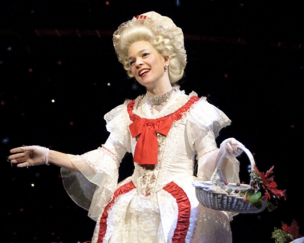 Photo Flash: First Look at Alley Theatre's A CHRISTMAS CAROL