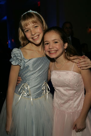 Two 'Jane Banks,' Delaney Moro and Katherine Leigh Doherty, on opening night Photo