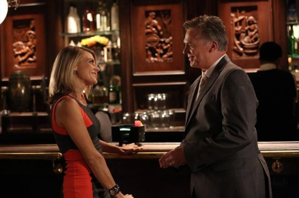 ELIZA COUPE, CHRISTOPHER MCDONALD at First Look - HAPPY ENDINGS' 'To Serb with Love,' Airs 12/11