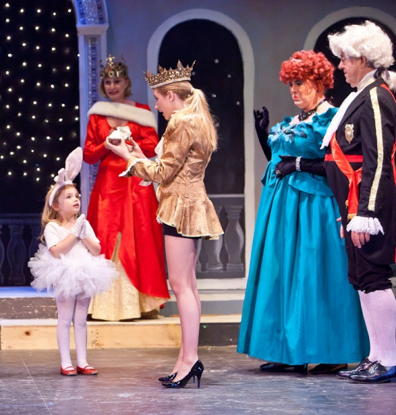 Cheyenne Brown as Crystal Fairy, Katherine Almquist as Queen Beauty, Erin Shaughnessey, Bruce Tredwell, and David Almquist as Sheriff Catchem