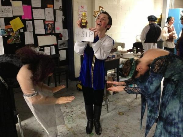 Photo Flash: Saturday Intermission Pics, Nov 17, Part 2 - EVITA Channels THE PERFORMERS, PHANTOM Does TWILIGHT & More!