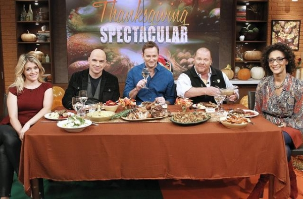 DAPHNE OZ, MICHAEL SYMON,  CLINTON KELLY, MARIO BATALI, CARLA HALL
