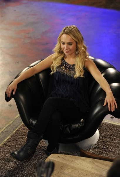 HAYDEN PANETTIERE at First Look - NASHVILLE's 'Lovesick Blues,' Airs 11/28