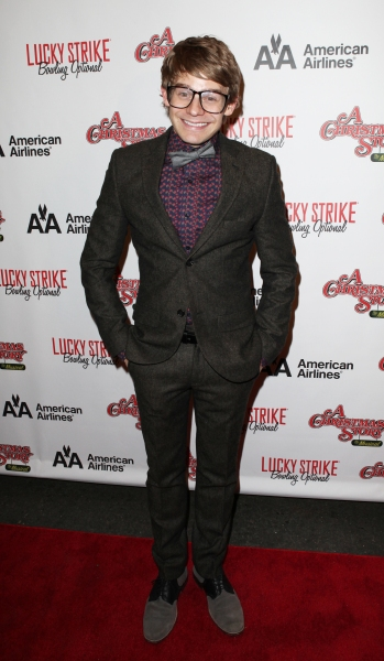 Andrew Keenan-Bolger at A CHRISTMAS STORY Opening Night Red Carpet - 'Ralphie Specs' Photo Booth Special!