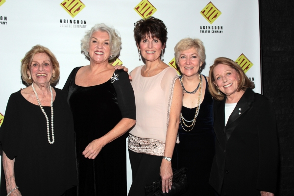 Shirley Herz, Tyne Daly, Lucie Arnaz, Jan Buttram, Lesley Gore