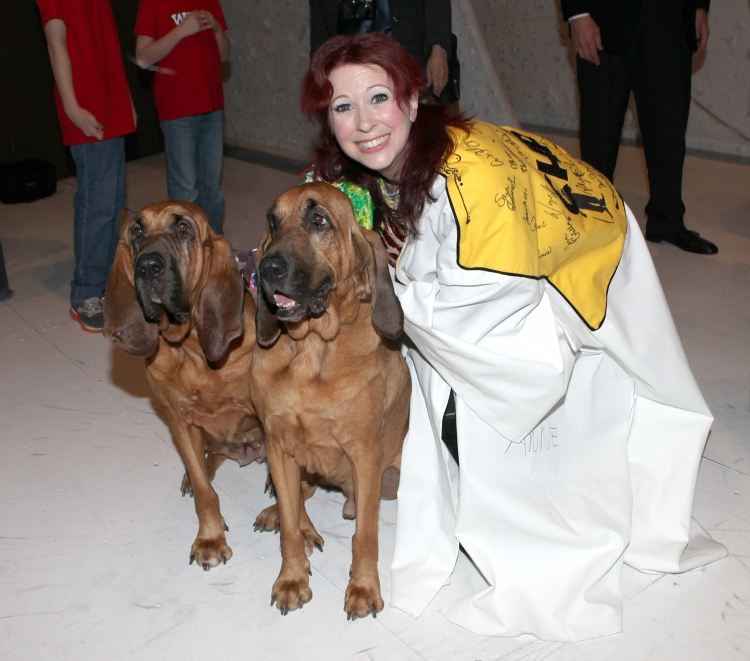 High Res Kirsten Wyatt with Lily & Pete