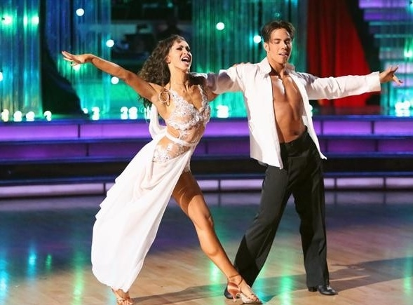 Photo Flash: DWTS Celebrates Michael Jackson's 'Bad'