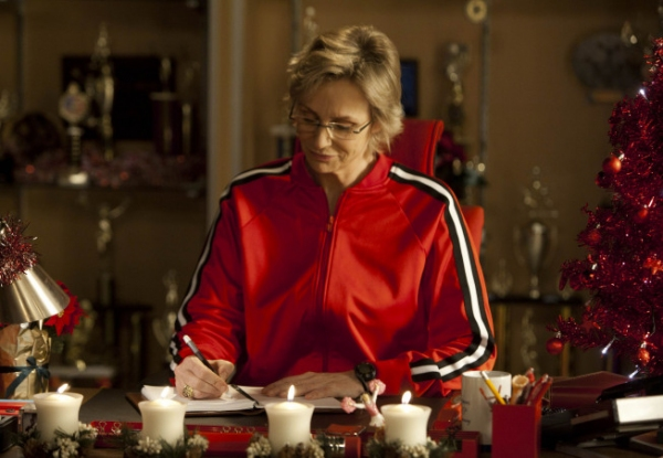 Photo Flash: First Look at GLEE's Christmas Episode, Airing 12/13