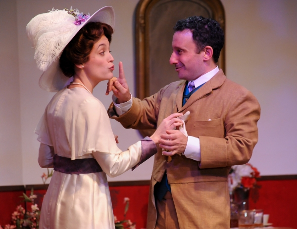 Cincinnati Shakespeare's THE IMPORTANCE OF BEING EARNEST Begins Run Today