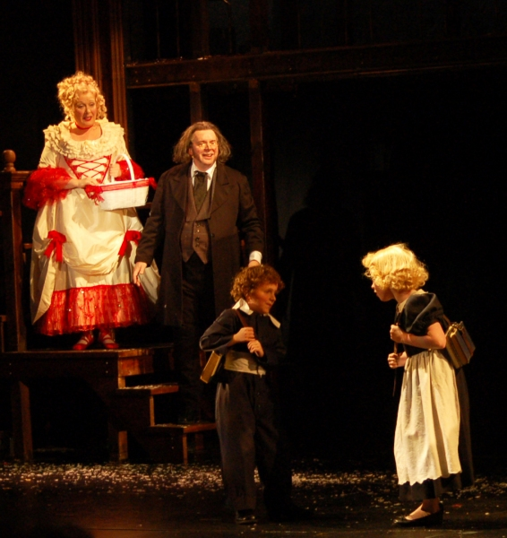 Photo Flash: First Look at John W. Engeman Theater's A CHRISTMAS CAROL - A GHOST STORY OF CHRISTMAS